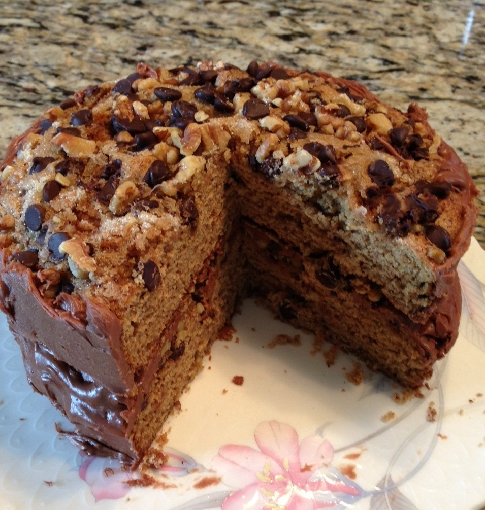 Images Of Chocolate Chip Cake : Chocolate Chip Date Cake Finding my Inner Chef