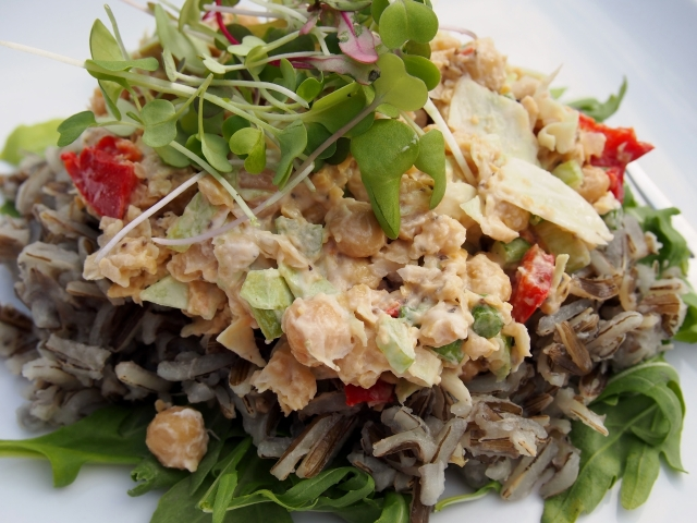 Chickpea salad on wild rice
